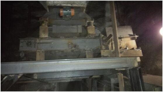 石灰石干法脱硫添加装置